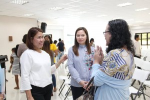 Mayor Nerivi Santos Martinez kasama sila Judge Anarica J. Castillo Reyes at si Arceli De Jesus - Talavera (2)