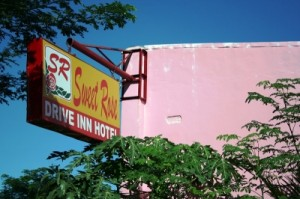 sweet rose drive-inn 4 20140523 1944522127